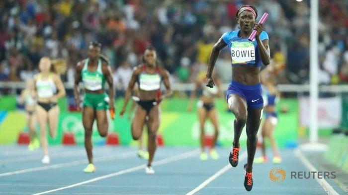 tori-bowie-olympics-relay